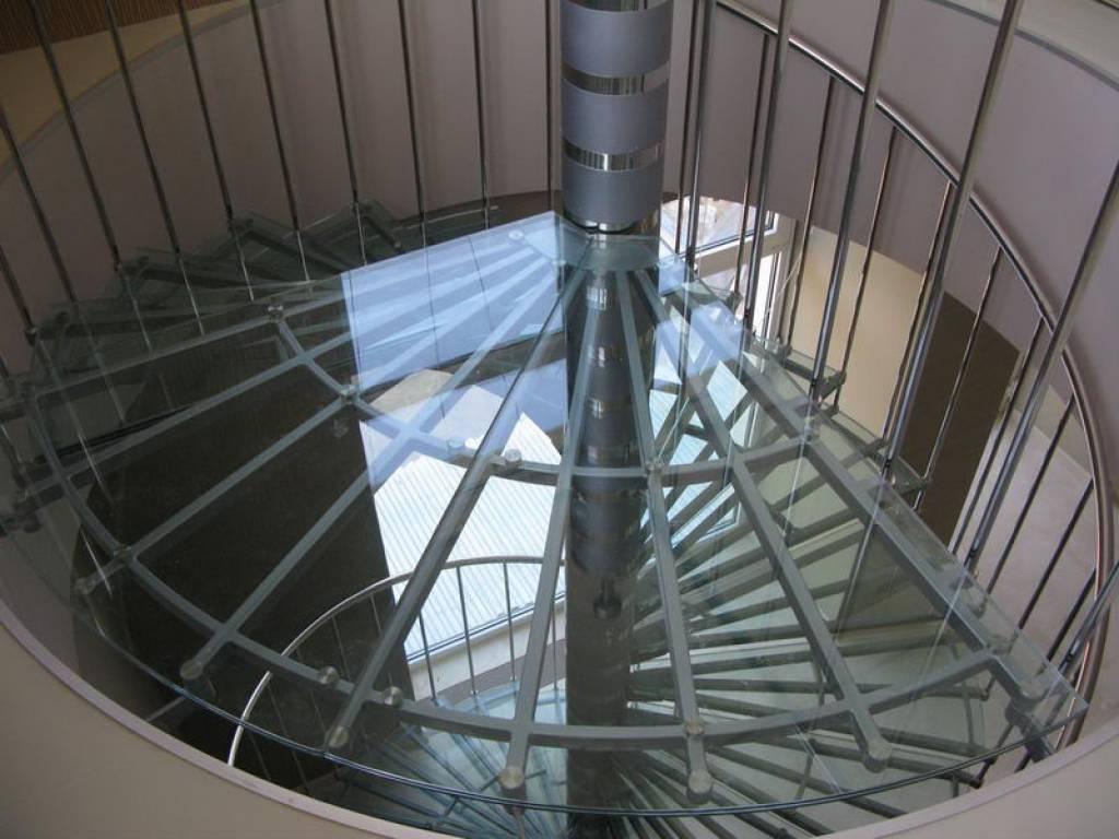 Примеры лестниц от компании Аспект-Плюс