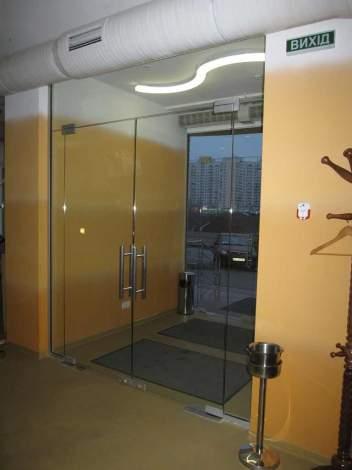 Двери из стекла 1