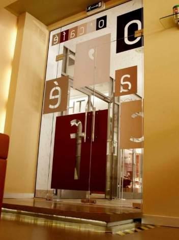 Двери из стекла 11