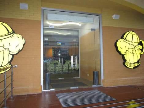 Двери из стекла 2