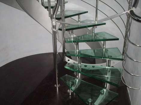 Стеклянная лестница 3