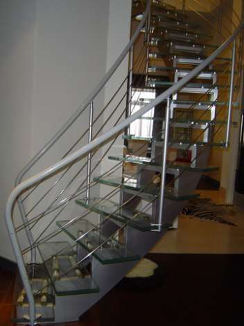Стеклянная лестница 9